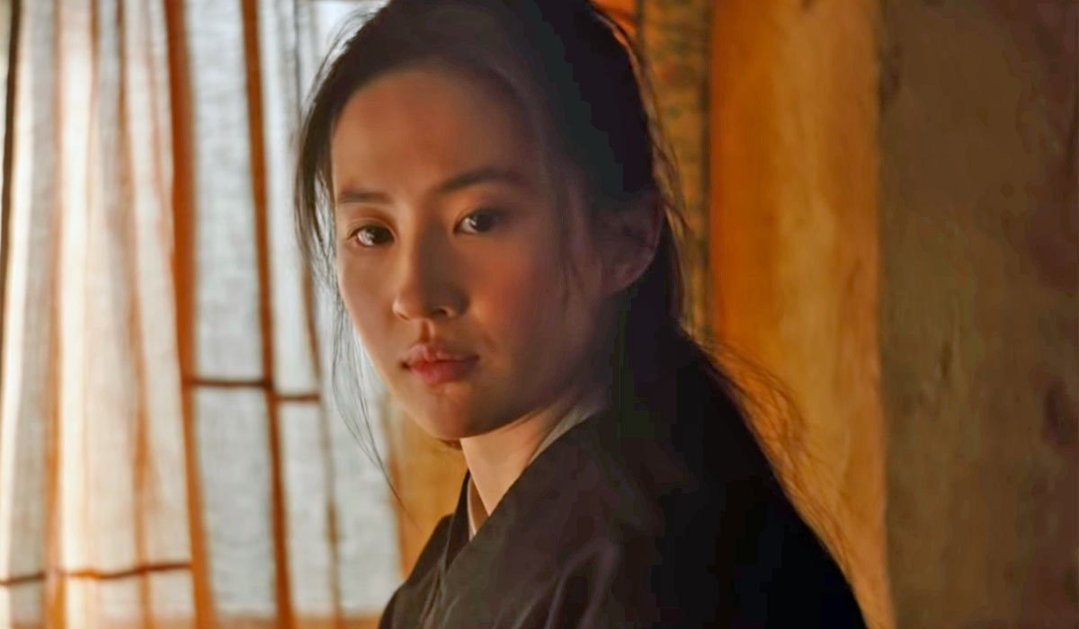 first look at mulan in Disney's live action movie
