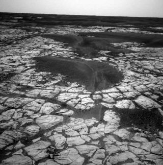 Study: Mars Had Drizzle and Dew