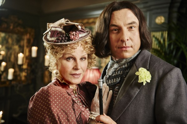 Joanna and David in Oscar Wilde spoof (BBC/King Bert)