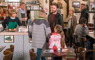 Coronation Street Spoilers: David Platt threatens to stop Gail seeing the children
