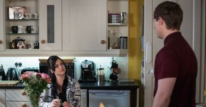 Whitney Dean, Lee Carter