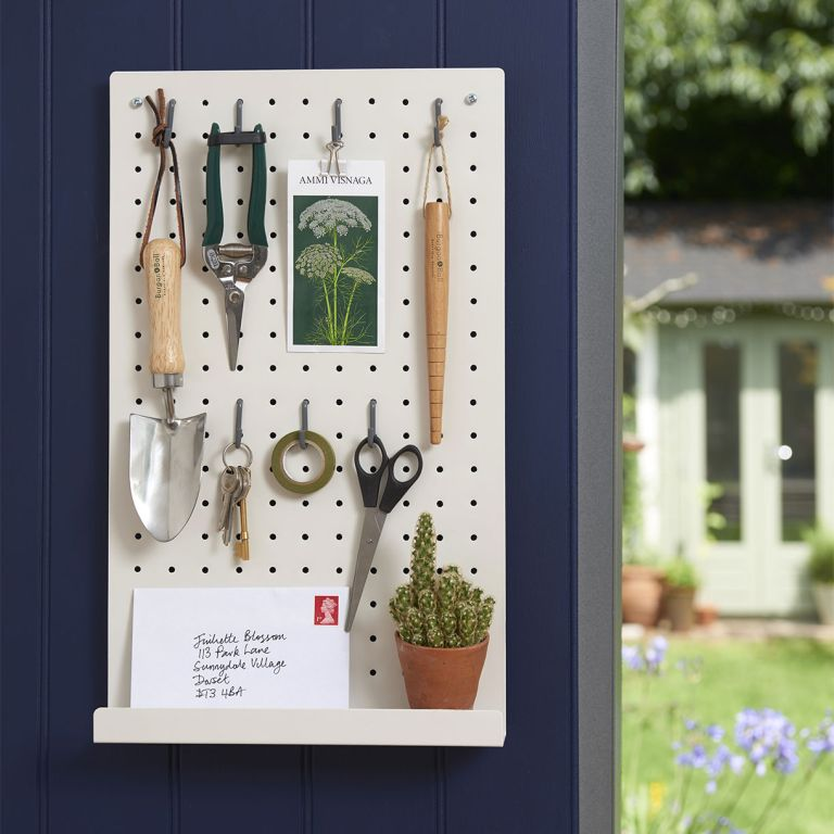 How to Marie Kondo Your Garden: Hang It Organiser from The Worm That Turned