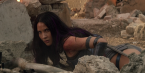 Someone Added A Lightsaber To Oliva Munn's Viral X-Men Sword Fail, And I Can't Look Away