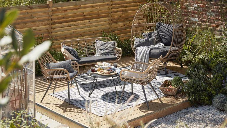 B&Q garden furniture sale