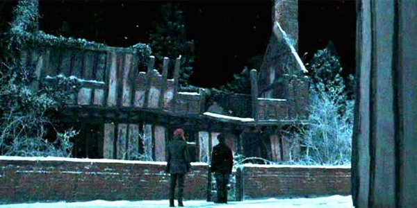harry potter's childhood home in godric's hollow