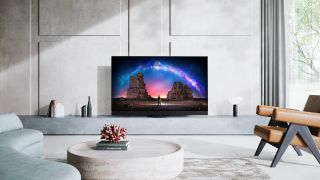 Panasonic JZ2000 is the definitive OLED TV for both movie fans and gamers