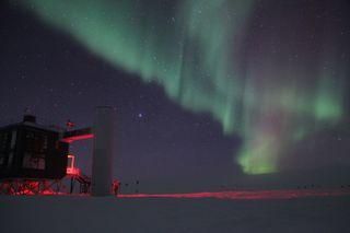 Auror Australis over South Pole