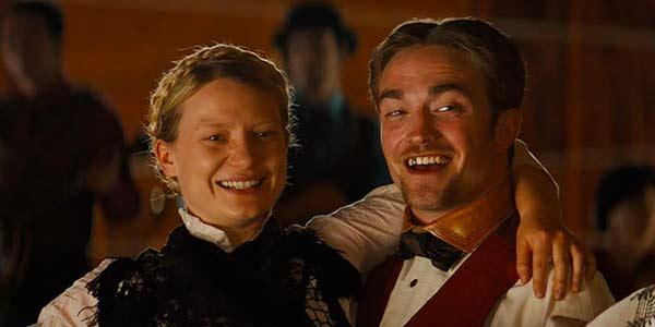 Mia Wasikowska and Robert Pattinson in Damsel