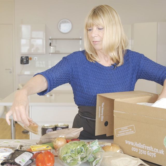 Jane Curran unboxes HelloFresh