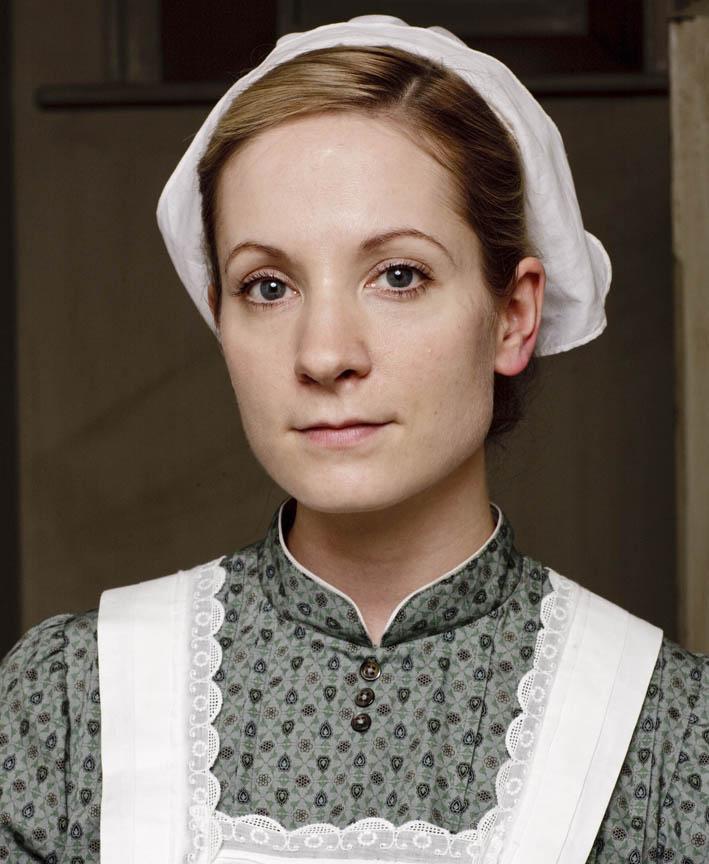 Joanne Froggatt: 'Anna makes a nice change' VIDEO