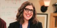 Mayim Bialik Shares First Looks At Her Post-Big Bang Theory Show Call Me Kat