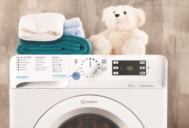 Appliances Direct autumn deals: washing machine with teddy