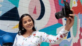 Cheap mirrorless cameras: Canon EOS M200