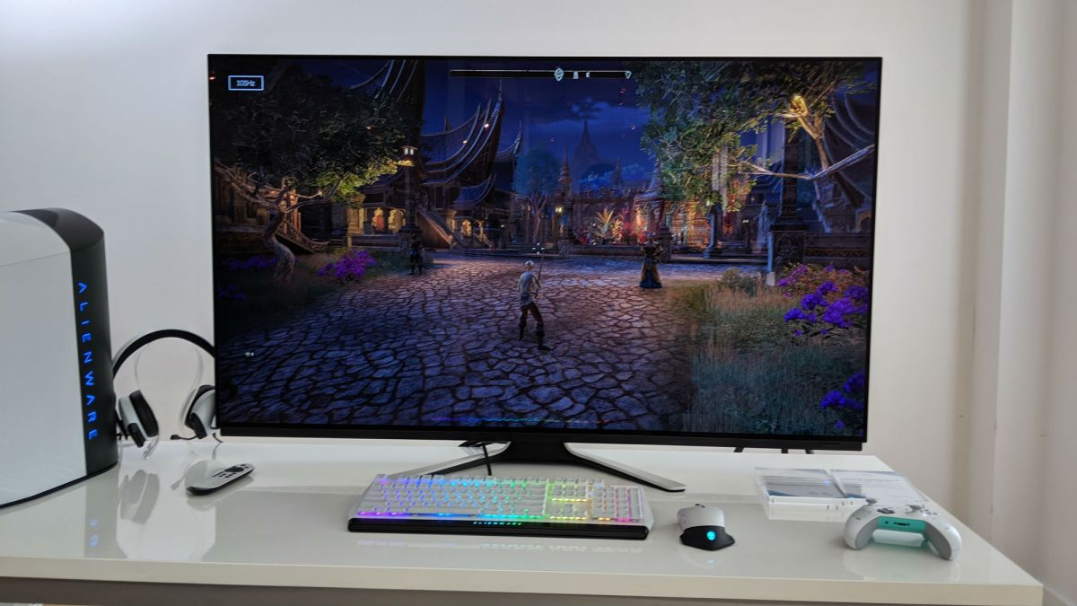 Alienware Launches Massive OLED Gaming Monitor and I Want It