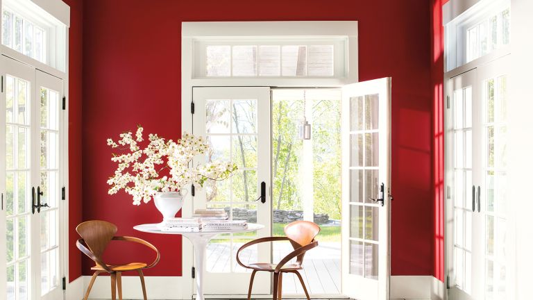Dining room in Caliente red, Benjamin Moore