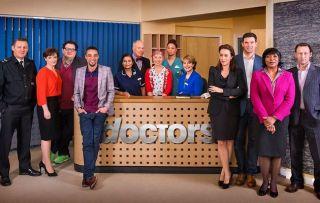 Doctors, Cast