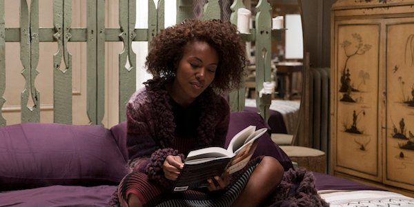 Nola Darling reading in She's Gotta Have it