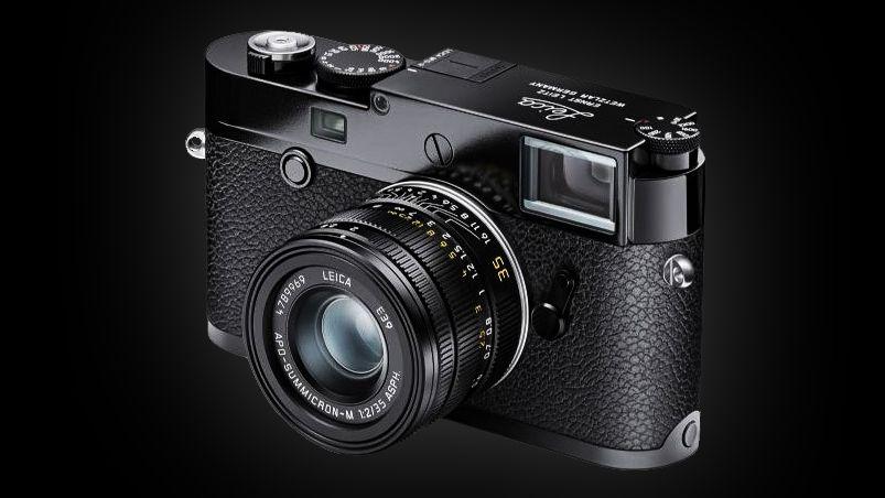$10,000 'Batman Leica' camera leaked