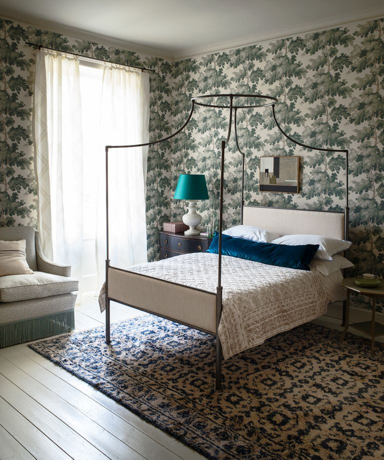 English Style Bedroom With Botanical Themed Wallpaper Homes Gardens