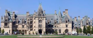 Biltmore Estate, built by George Vanderbilt in Asheville, North Carolina, in 1888–95, is the largest house in the United States. Credit: Porsche997SBS | Creative Commons