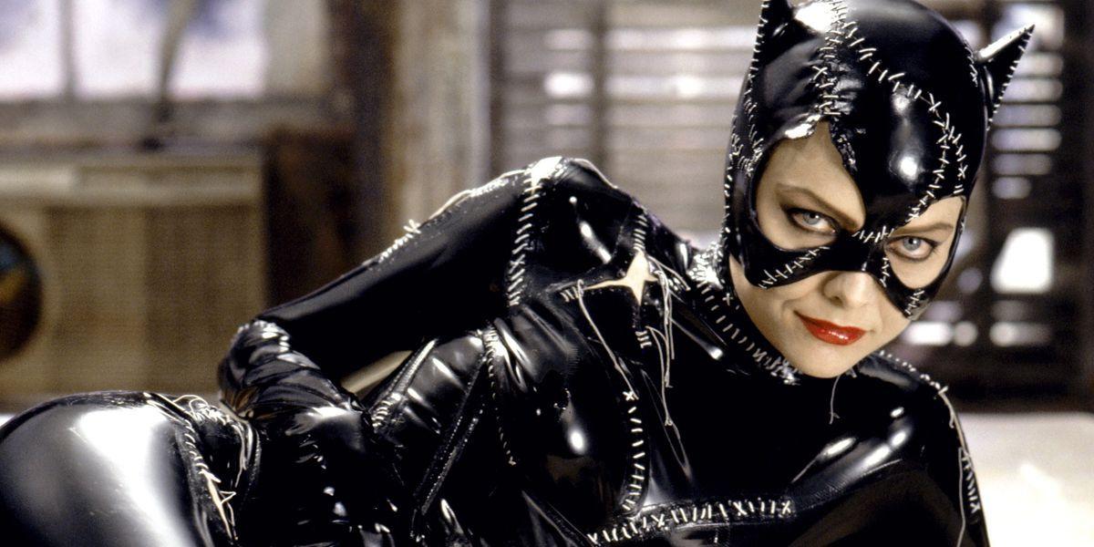 michelle pfeiffer as catwoman in batman returns