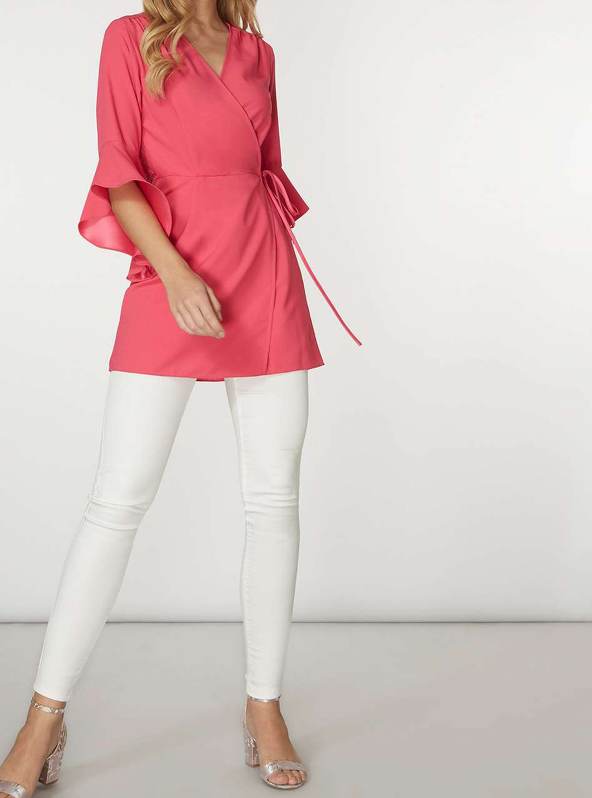 White Jeans Outfit Cover Image