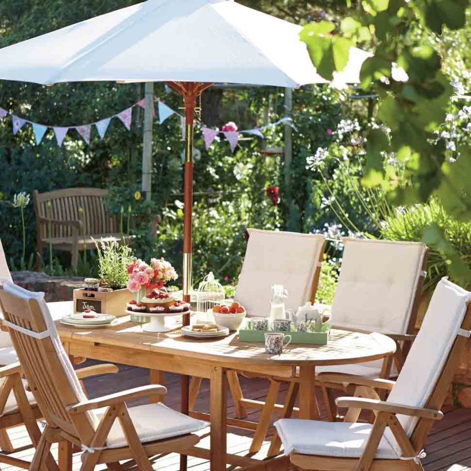 Homebase greenwich 6 seater teak dining set £1299 99