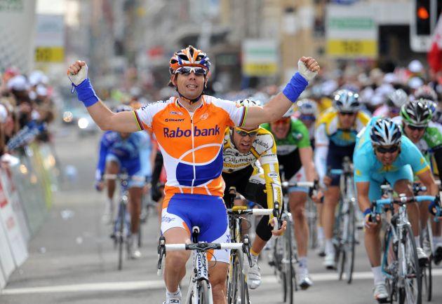 Oscar Freire wins
