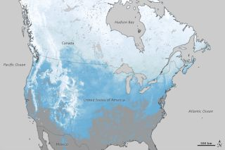 This map shows the percentage of days that a particular area had snow in North America from October 1, 2011 - March 20, 2012.
