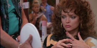 Michele Pfeiffer in Married To The Mob