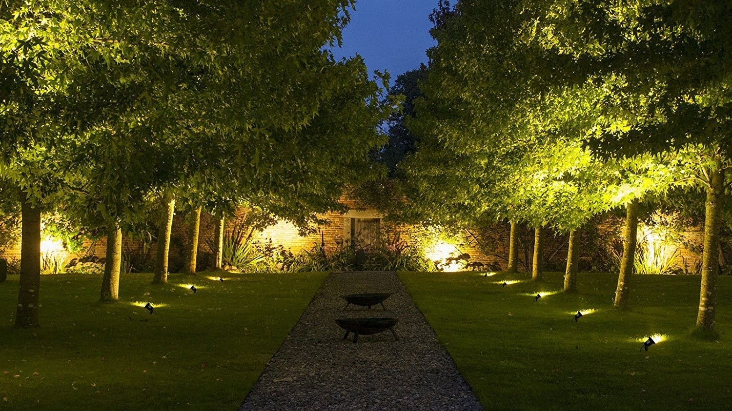The best garden lighting: from fairy lights to wall lanterns | Real ...