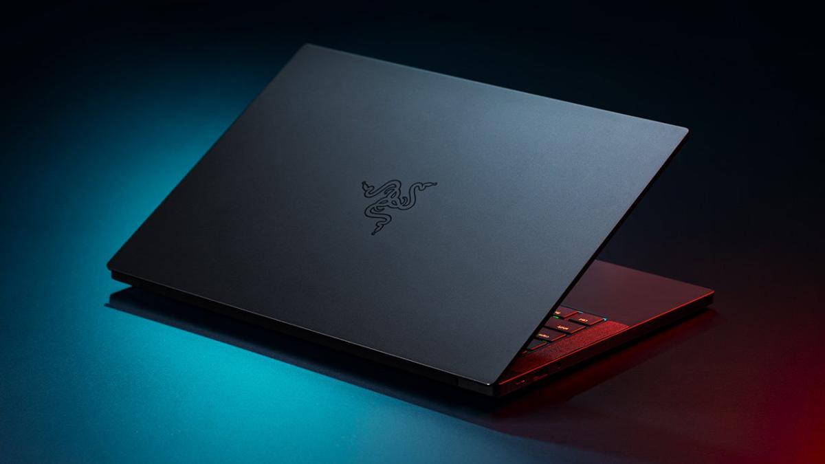 Razer CEO Teases AMD-Based Blade Notebooks on Twitter