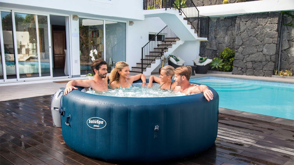 The best hot tub deals in the UK + US