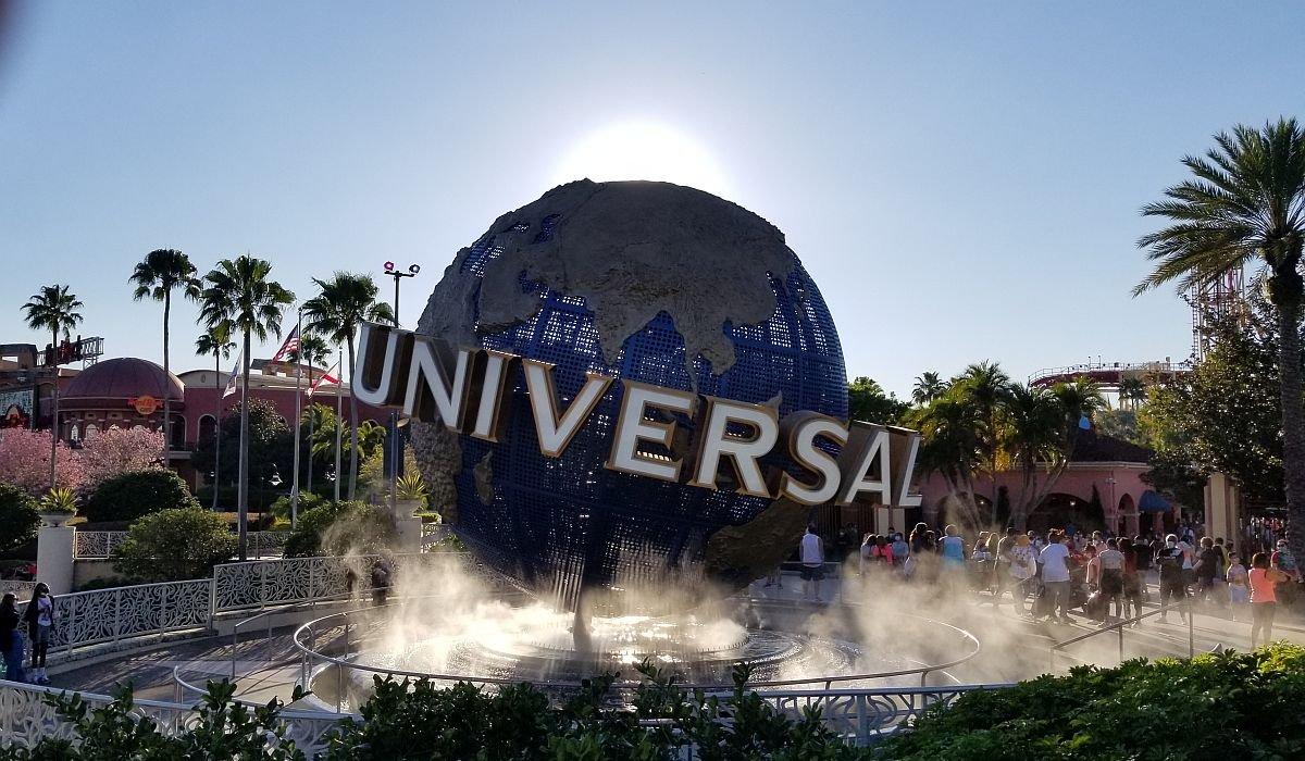 Universal Globe at Universal Orland resort