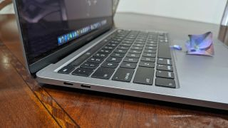 MacBook Pro (13-inches, 2020)