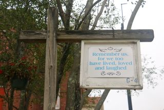 A sign in Medfield, Massachusetts, commemorating the victims of the 1918 flu pandemic.