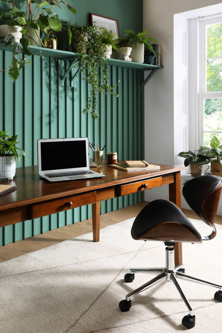 home office ideas: small desk with green paint scheme