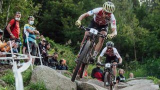 Nino Schurter leading the field at 2021 UCI Mountain Bike World Championship