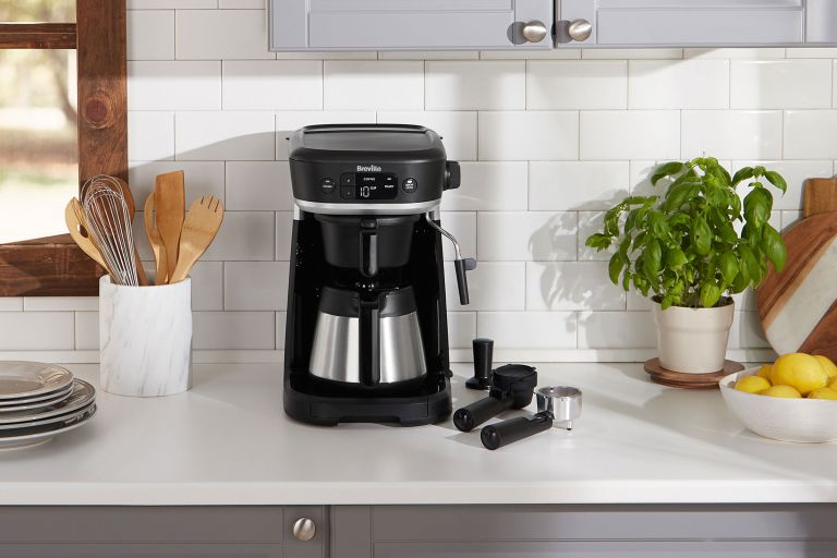 Best-coffee-maker-breville-lifestyle