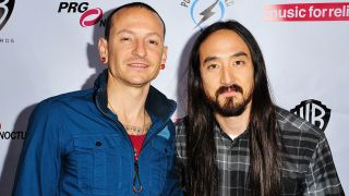 Chester Bennington and Steve Aoki in 2015