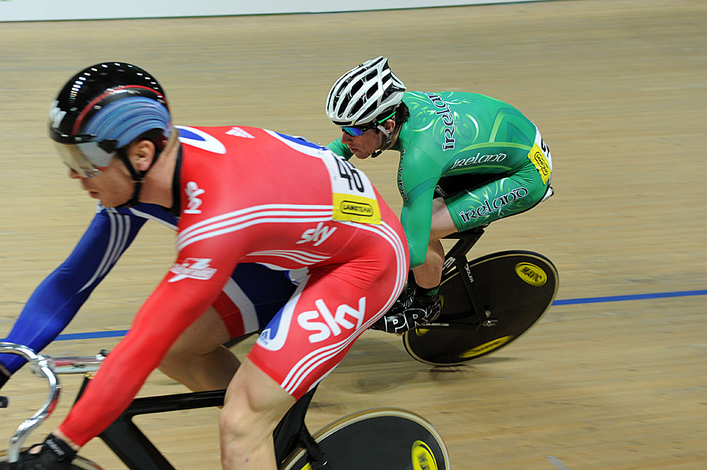 Felix English closes in on Chris Hoy, European Track Championships 2010