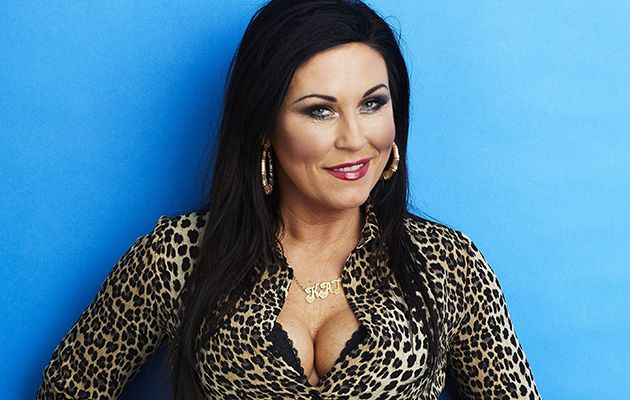 Jessie Wallace As Kat Fans Speculate About Her And Alfie