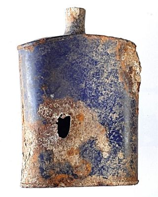 water bottle with bullet hole was among the artifacts found at a world war I battlefield in Turkey.