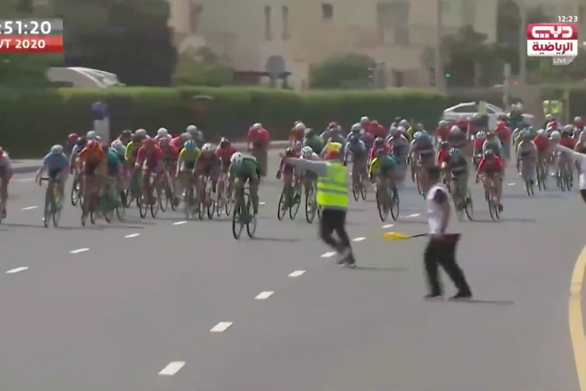 Riders avoid high-speed crash at barely-visible finish line in Dubai Women's Tour - Cycling Weekly
