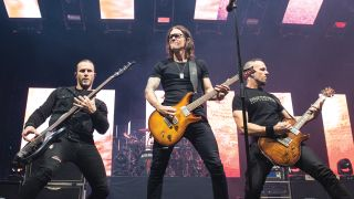 Alter Bridge performs live