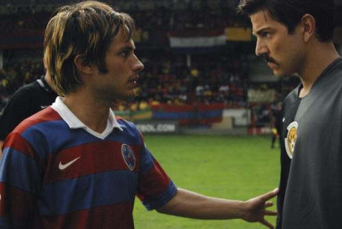 Rudo y Cursi - Diego Luna & Gael Garcia Bernal star in this comic fable of football-playing Mexican brothers