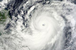 weather, Japan, Okinawa, typhoon, hurricane