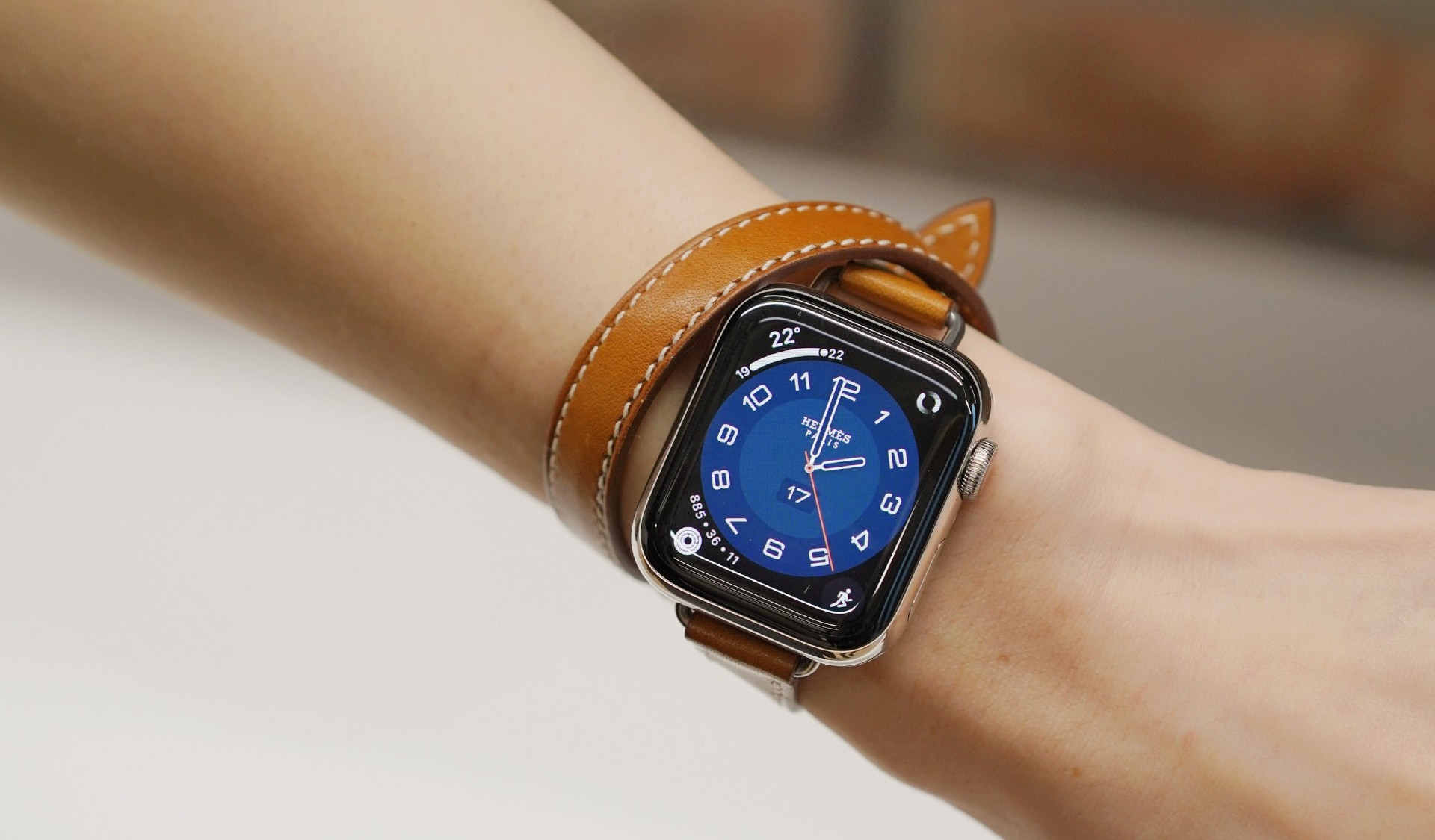 Mother's Day gifts: Apple Watch 6