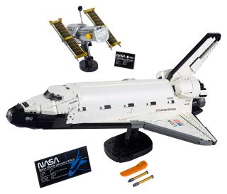 Lego Space Shuttle Discovery