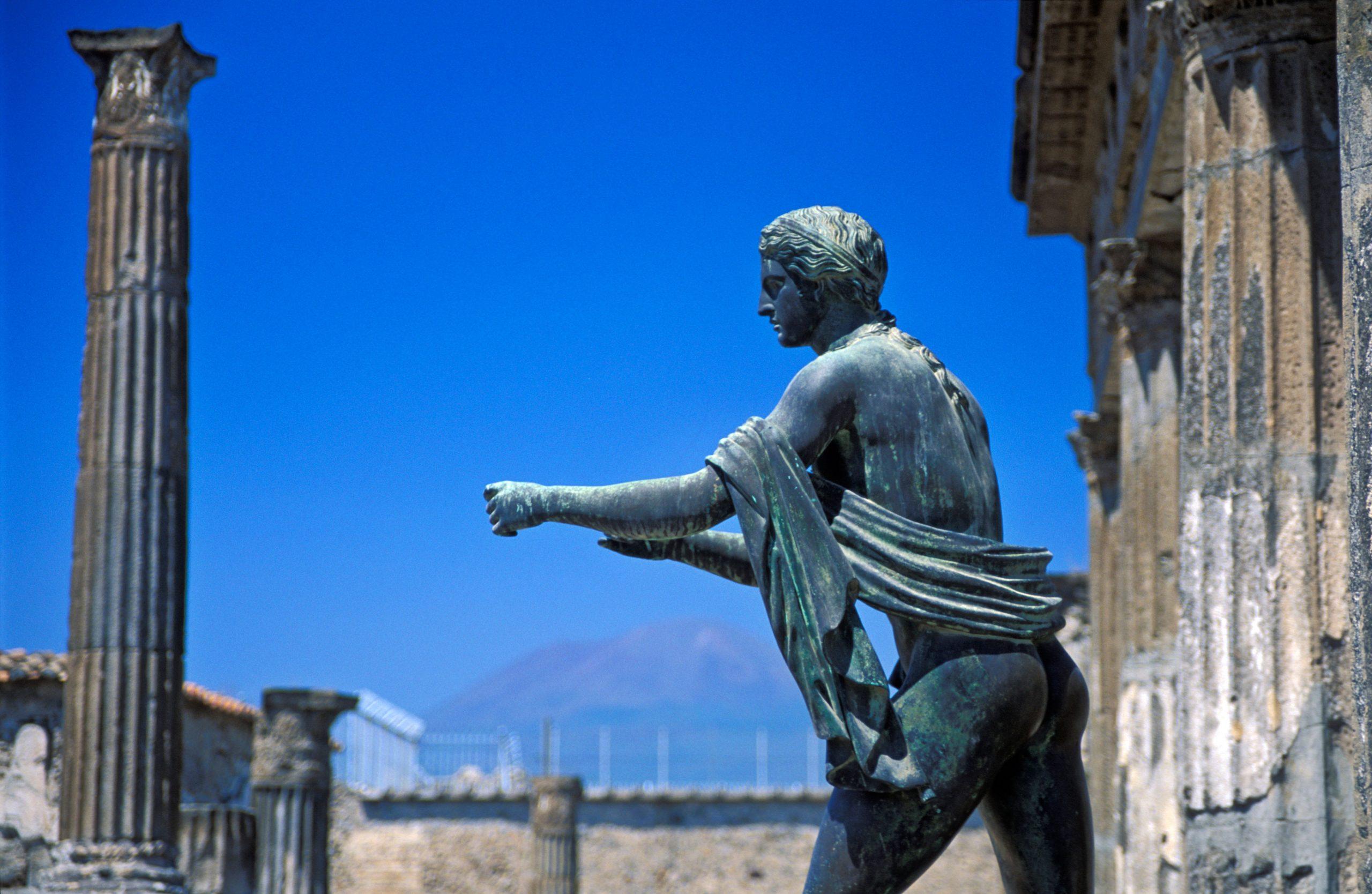 Apollo statue, Pompeii